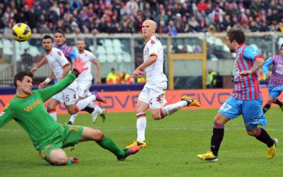 La Roma di Zeman spreca molte occasioni da gol al Massimino contro il Catania. Gomez la castiga in contropiede