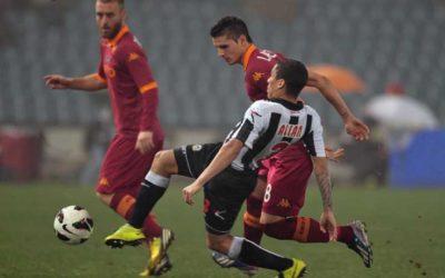 L'AS Roma perde un'occasione d'oro contro l'Udinese. Va in vantaggio con Lamela, si fa rimontare e Osvaldo si mangia un gol fatto allo scadere