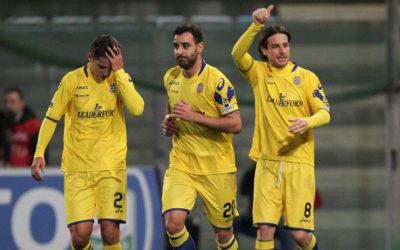 Serie B, Verona e Padova si aggiudicano i posticipi. L'Ascoli in crisi