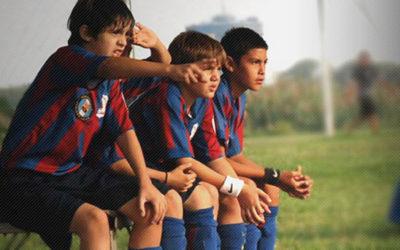 Per la FIFA, i vivai del calcio italiano sono sempre meno utilizzati: la Serie A penalizza i propri talenti e privilegia i calciatori stranieri