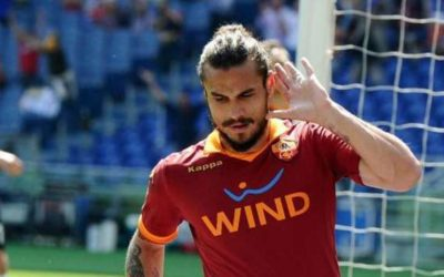 Nella 34° Giornata di Serie A, l'AS Roma contro il Siena vince e convince. Osvaldo ne fa tre e sfida la Curva Sud. Ora nel mirino c'è la Fiorentina