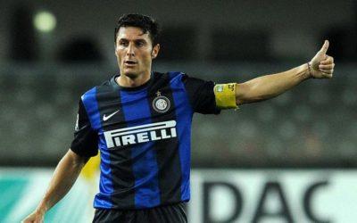 Intervento riuscito e ottimismo per il ritorno in campo del Capitano dell'Inter Javier Zanetti. Tra le tante manifestazioni d'affetto c'è quella di Totti – il gagliardetto a Roma Inter lo scambio solo con te