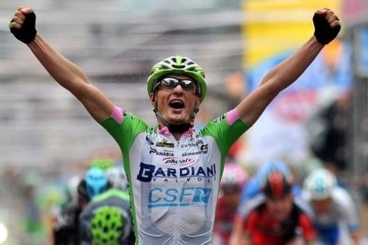 Giro d'Italia: vince Battaglin, Paolini resiste in Maglia Rosa, De Luca deluso