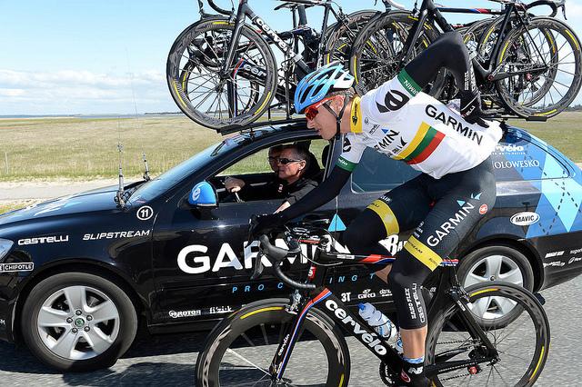 11° tappa del Giro d'Italia a Navardauskas. Prima vittoria al Giro per il ciclista lituano del Team Garmin-Sharp. Nibali mantiene la Maglia Rosa e tiene a distanza i big