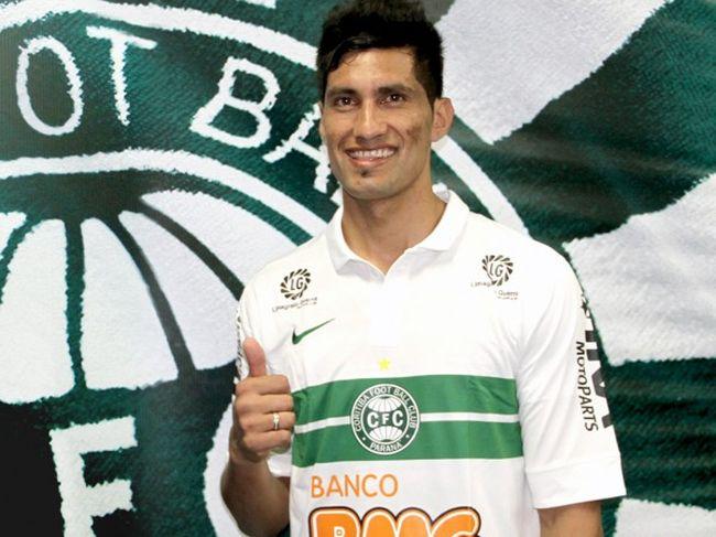CALCIO ESTERO – Una squalifica per razzismo anche in Brasile per il derby di Curitiba: un anno a Escudero!