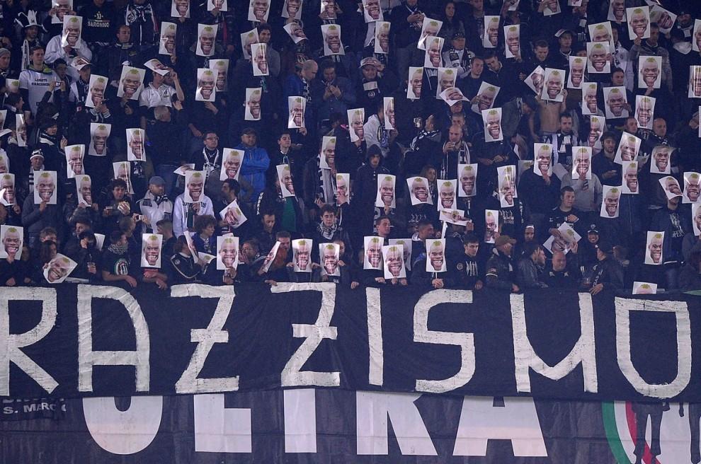 CALCIO – La Fifa impone sanzioni più severe contro il razzismo