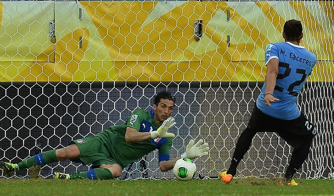 Polisportiva Roma | News Calcio – Nella Confederation Cup, Buffon para rigori e l'Italia batte l'Uruguay 5-4. Una bella competizione giocata dagli Azzurri