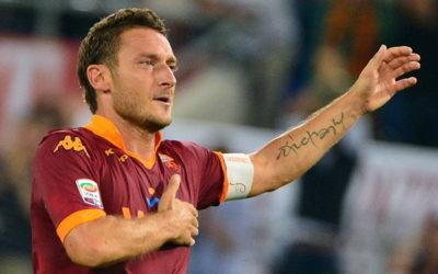 """AS ROMA – Totti spaventa i tifosi giallorossi: """"Ho indossato tante maglie della Roma, ma questa è l'ultima"""""""