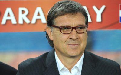 """BARCELLONA – Il """"Tata"""" Martino è il nuovo allenatore dei blaugrana. Due anni di contratto per l'argentino che sostituirà Tito Vilanova"""
