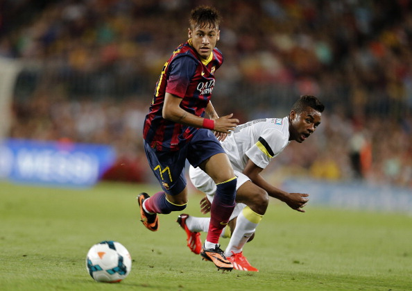 CALCIO INTERNAZIONALE – Prima uscita di Neymar con Messi nel Trofeo Gamper. Barcellona-Santos finisce 8-0