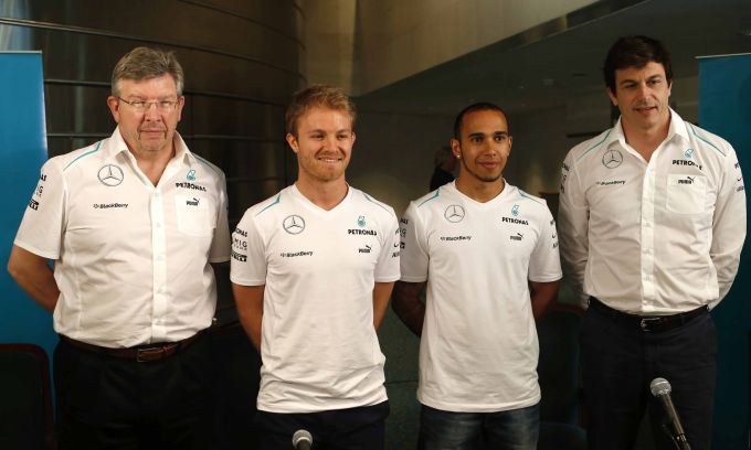 F1 – Ross Brawn chiude con la Mercedes. Le redini del team passano in mano ai direttori esecutivi Toto Wolff e Paddy Lowe