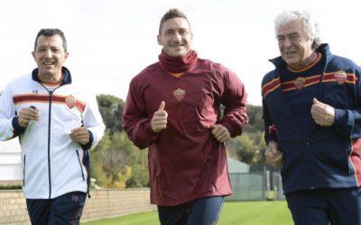 AS ROMA NEWS – Totti prova a recuperare per la Fiorentina. Il capitano ha svolto quasi tutta la seduta con i compagni