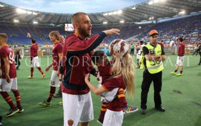 AS ROMA – Il saluto di Totti e compagni, macchiato dal gol dell'ex. Chiellini e Osvaldo antisportivi, ma il codice etico per i bianconeri non esiste… Pjanic rinnova