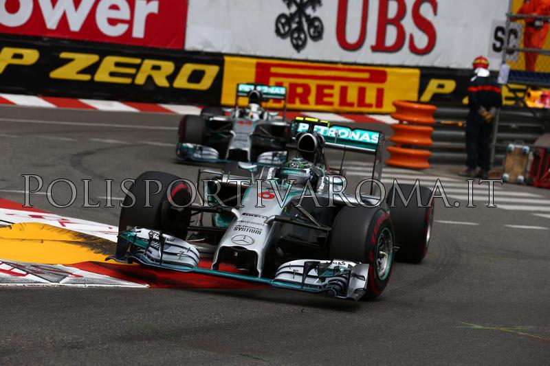 FORMULA 1 – Al GP di Monaco vince Rosberg davanti al compagno Hamilton. Sfortunato Raikkonen, 4° Alonso