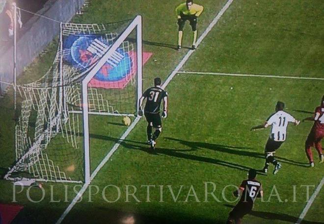 AS ROMA SERIE A – A Udine decide Astori, tra le polemiche. La Roma vince e torna in testa al Campionato