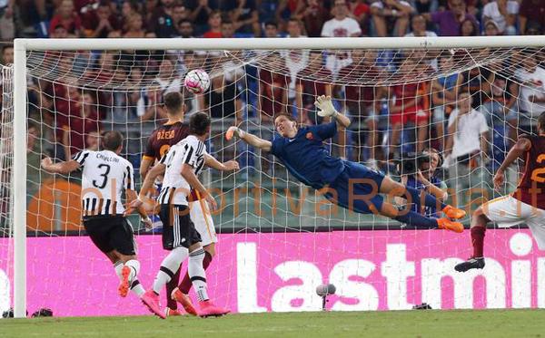 SERIE A – L'AS Roma batte la Juventus e convince. Primo gol di Dzeko in Giallorosso